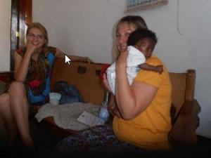 Boas mit seiner neuen Mama Lilli